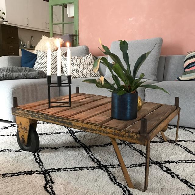Industrielt sofabord
