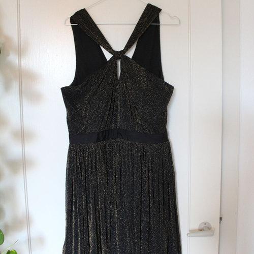 ad182bb13465 Find inspiration til julefrokost kjolen — Trendsales