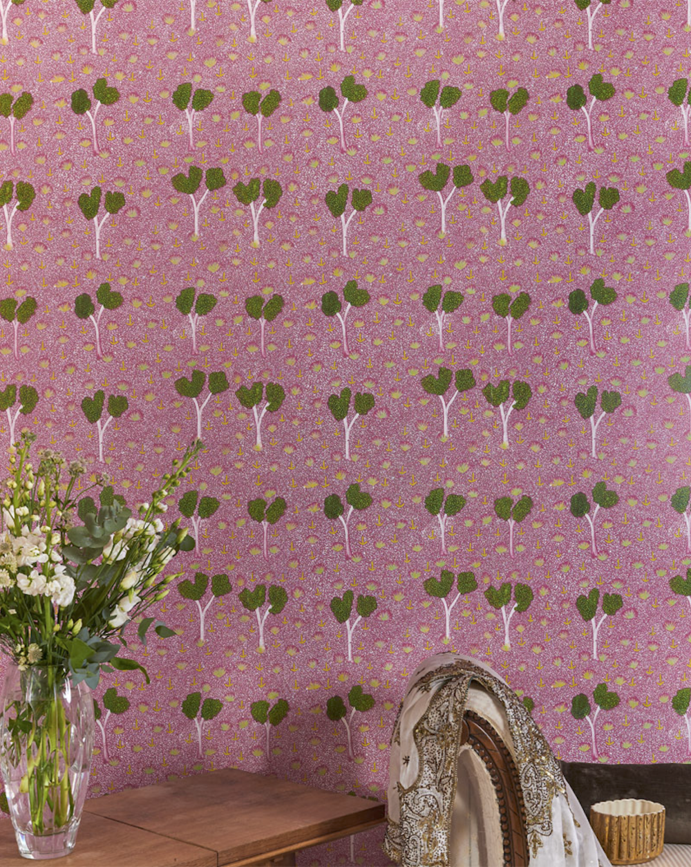 Bay Gallery Home's My Country Wallpaper, PINK : stylish enough to feature in VOGUE!