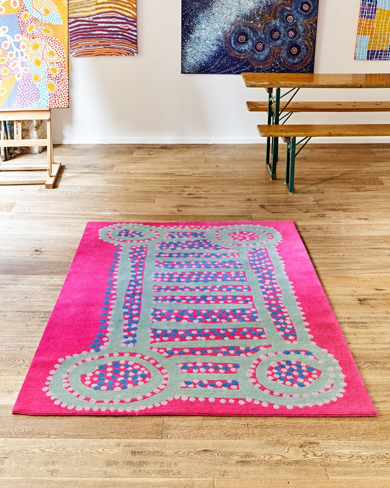 Tada! Our vibrant Water Dreaming rug, 100% wool (200cm x 140cm).