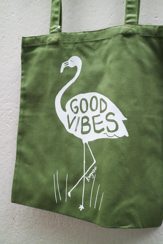 Good Vibes Tote Khaki