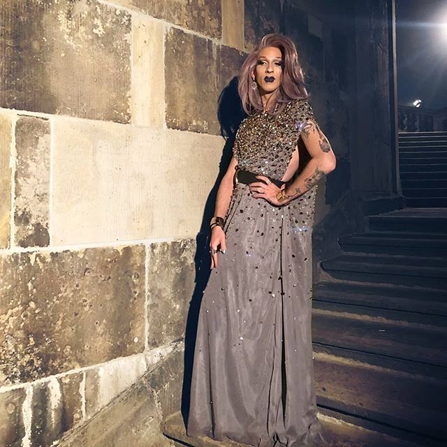 A princess dream came true! A castle, a gorgeous dress from @dawidtomaszewski at a misty night. How romantic... well, later this year u gonna get more info about this look. Stay tuned!
