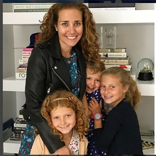 Lisa with her three adorable daughters (left to right): Juliet, Elle and Katie