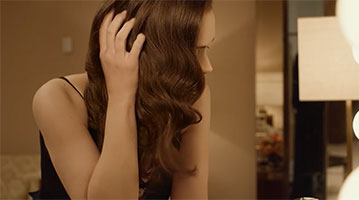 A screen grab of L'Oreal Paris's new Elvive ad