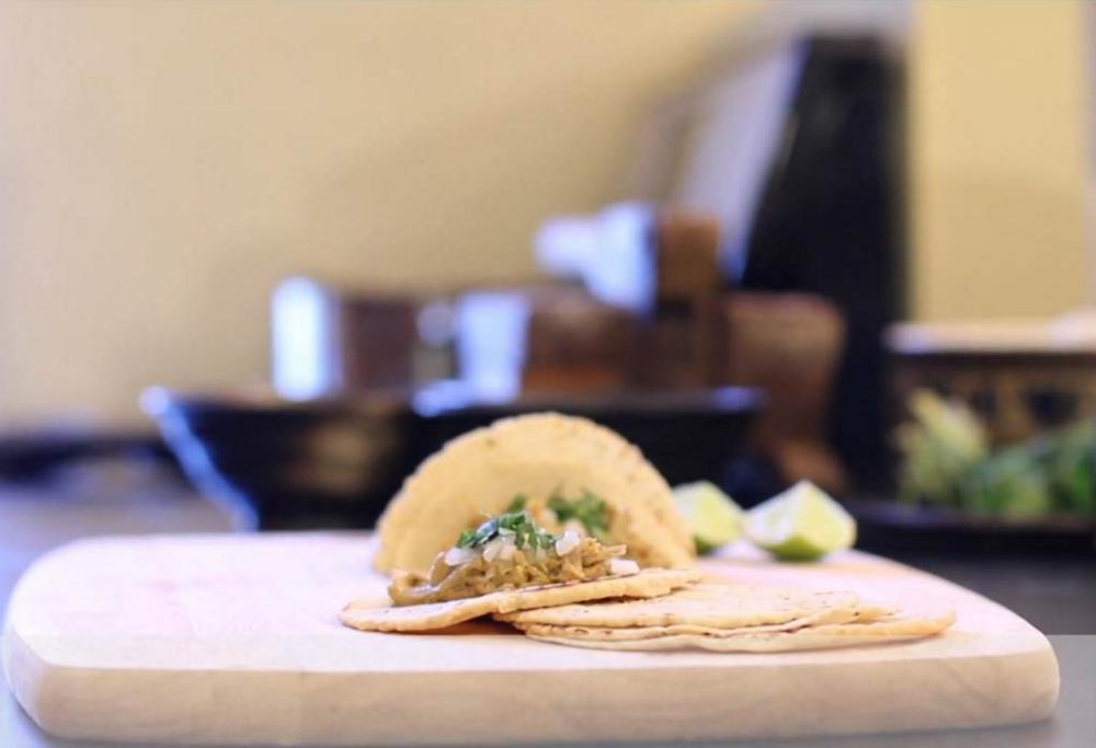 tacos de carnitas adriana guillen