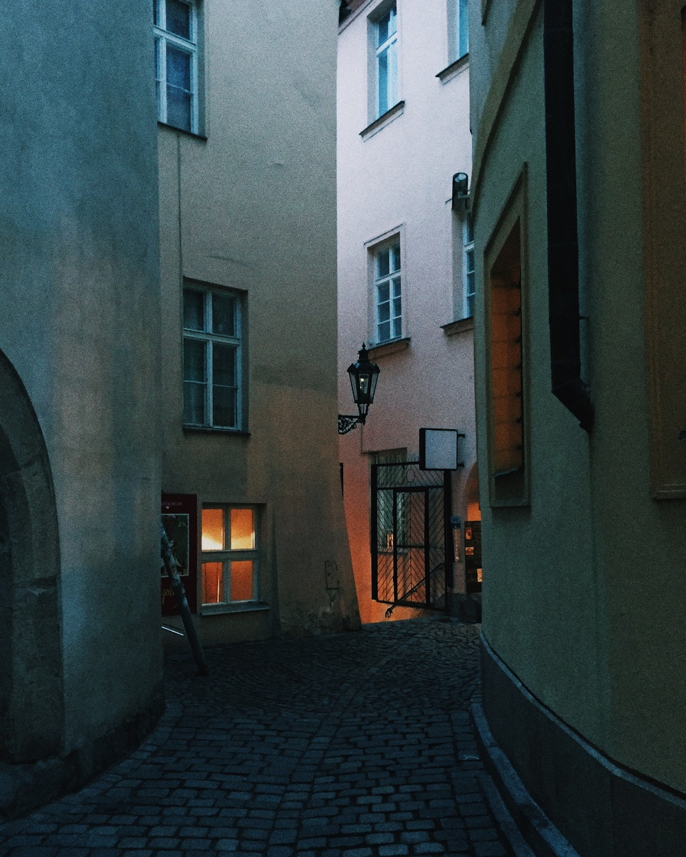 Fig. 3 An alley, Prague
