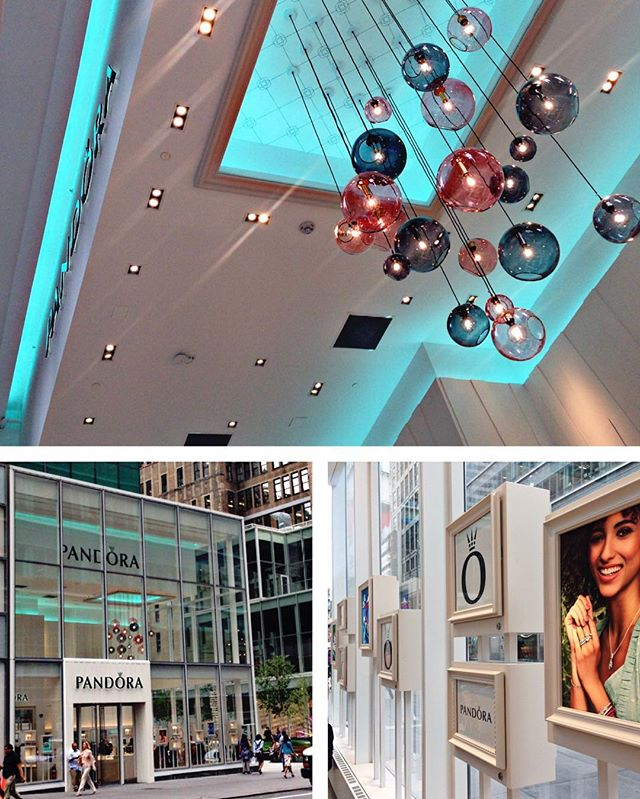 """Women of New York, frost yourselves!"" @theofficialpandora Bryant Park is now open!"