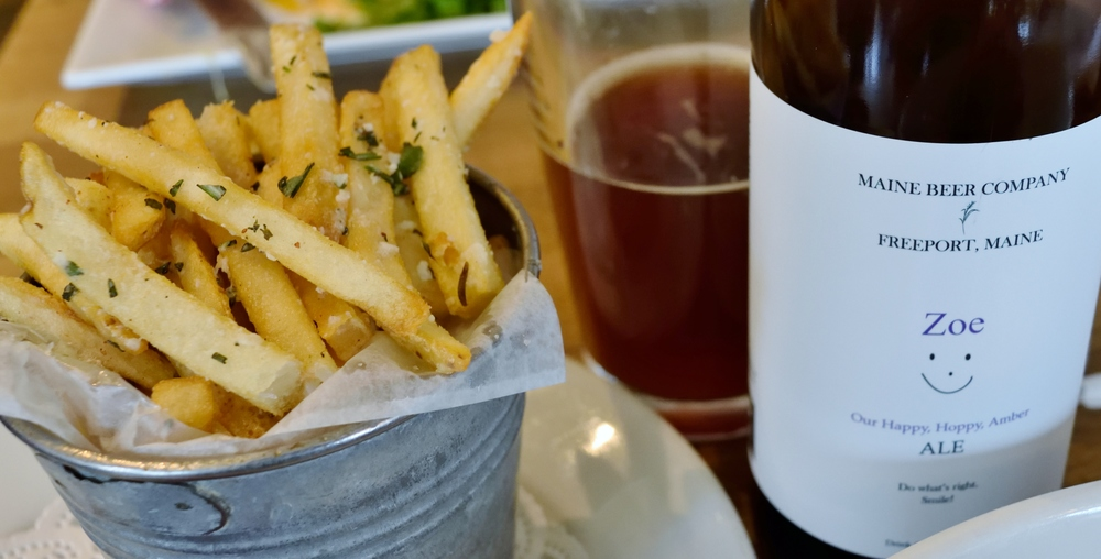 When coming to d'jeet, ALWAYS get the truffle fries.