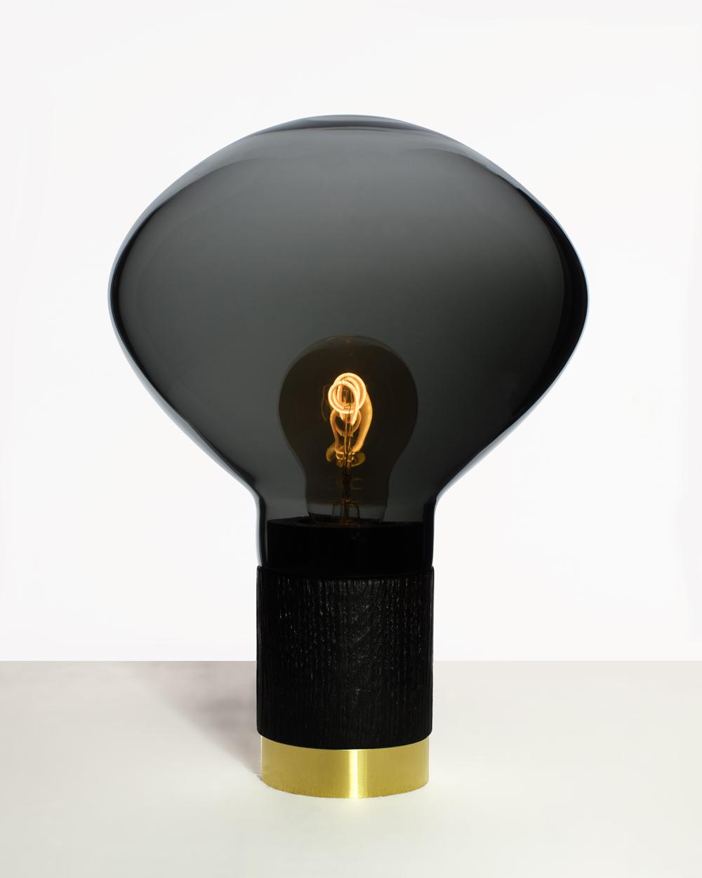 Lampe-NOIR_web.jpg