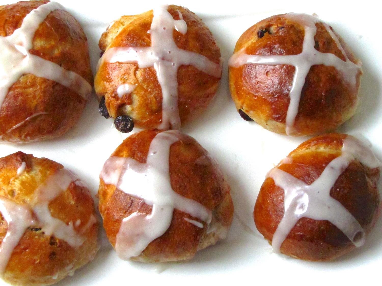 Hot Cross Buns — Island Bakes