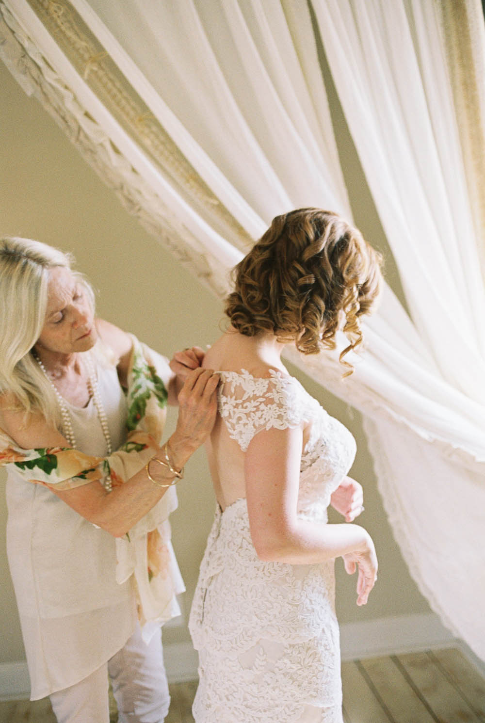 front porch farms film documentary real moments wedding photographers ©2016abigailbobophotography-16.jpg