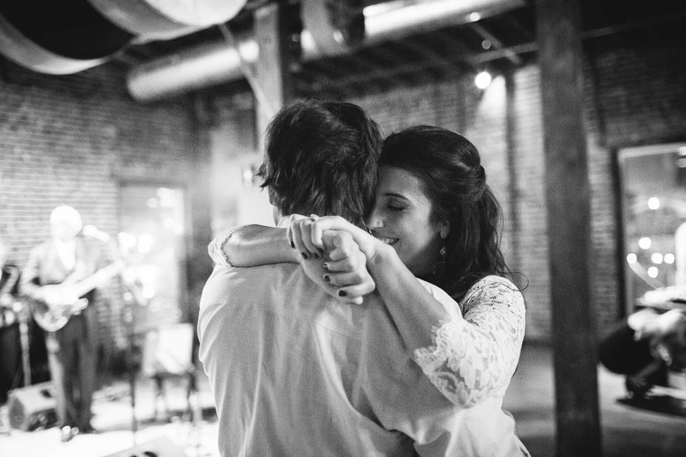 cannery ballroom nashville night-time wedding photography dark beautiful documentary ©2016abigailbobophotography-15.jpg