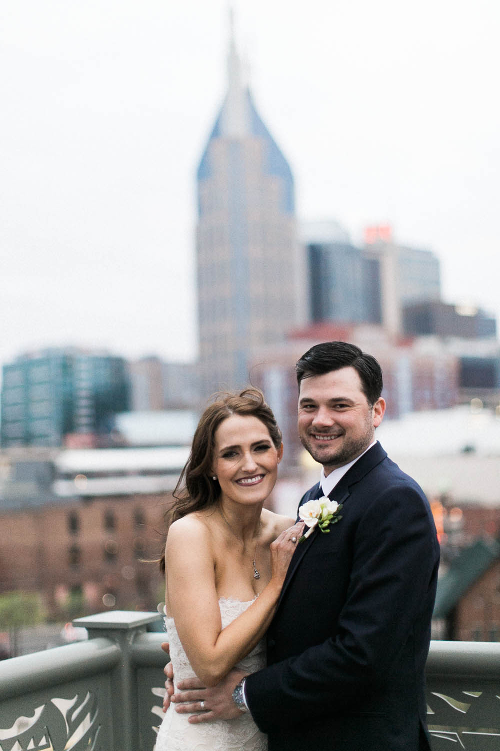 a nashville downtown aVenue wedding photographers documentary natural real moments ©2016abigailbobophotography-1.jpg