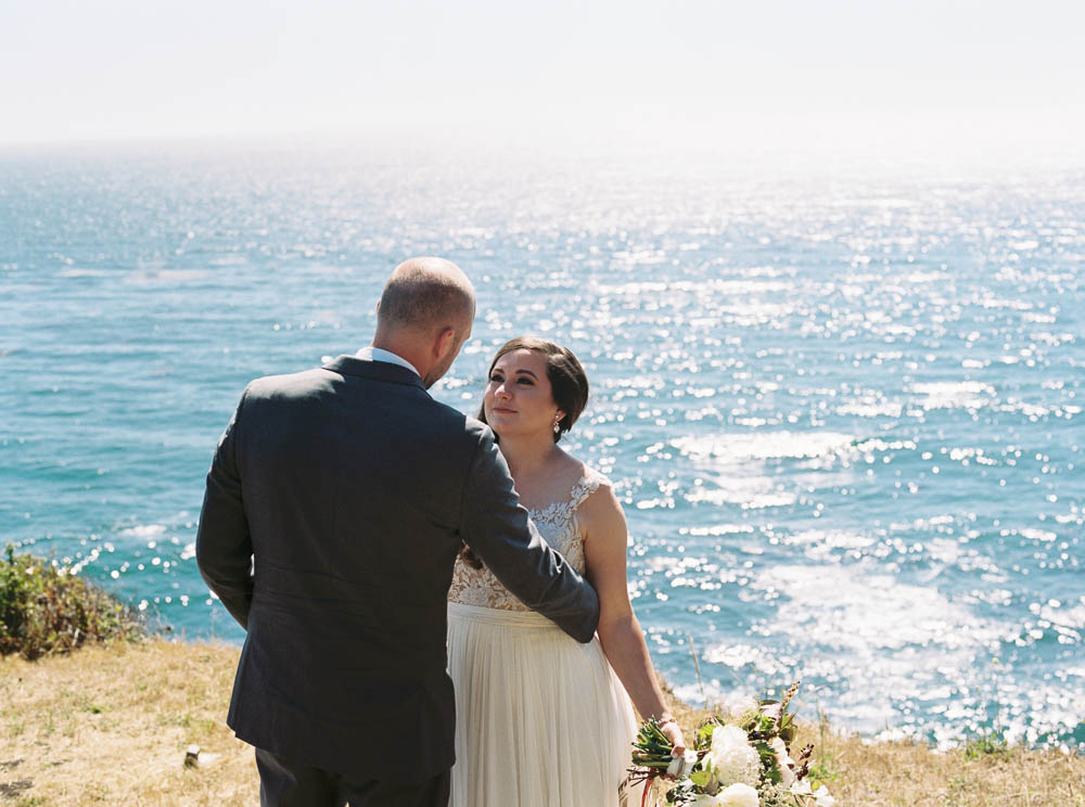 big sur film documentary wedding photographer big sur bakery wynd and sea wedding photos ©2016abigailbobophotography 0046.jpg
