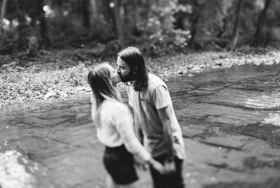 meghan and josh nashville natural organic moody documentary engagement photographs natural film ©2016abigailbobophotography-10.jpg