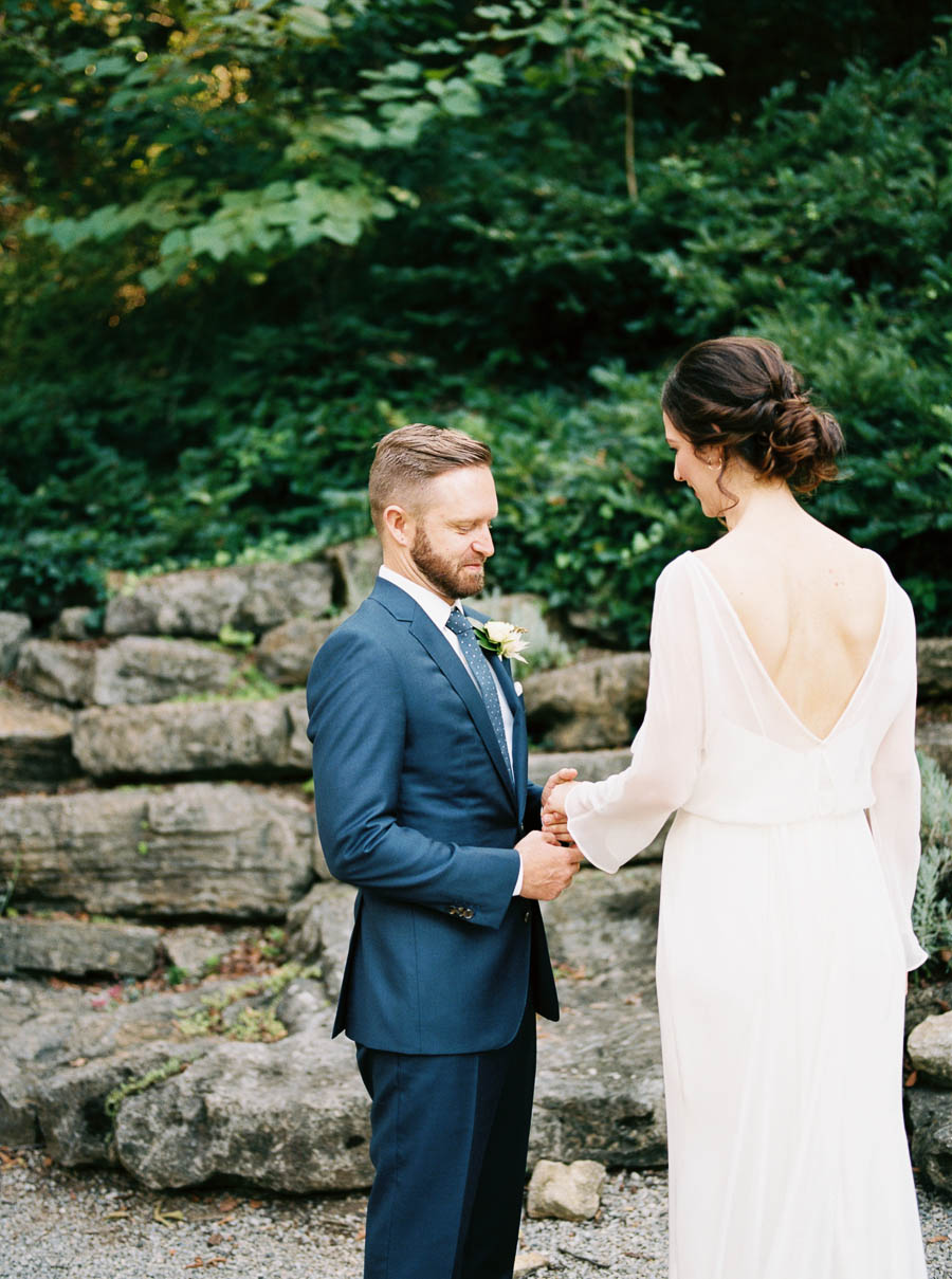 cheekwood film documentary wedding photographers nashville natural light autumn wedding classic ©2016abigailbobophotography-15.jpg