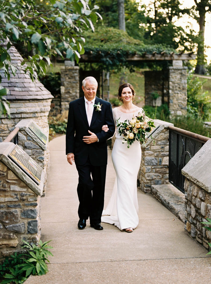 cheekwood film documentary wedding photographers nashville natural light autumn wedding classic ©2016abigailbobophotography-42.jpg