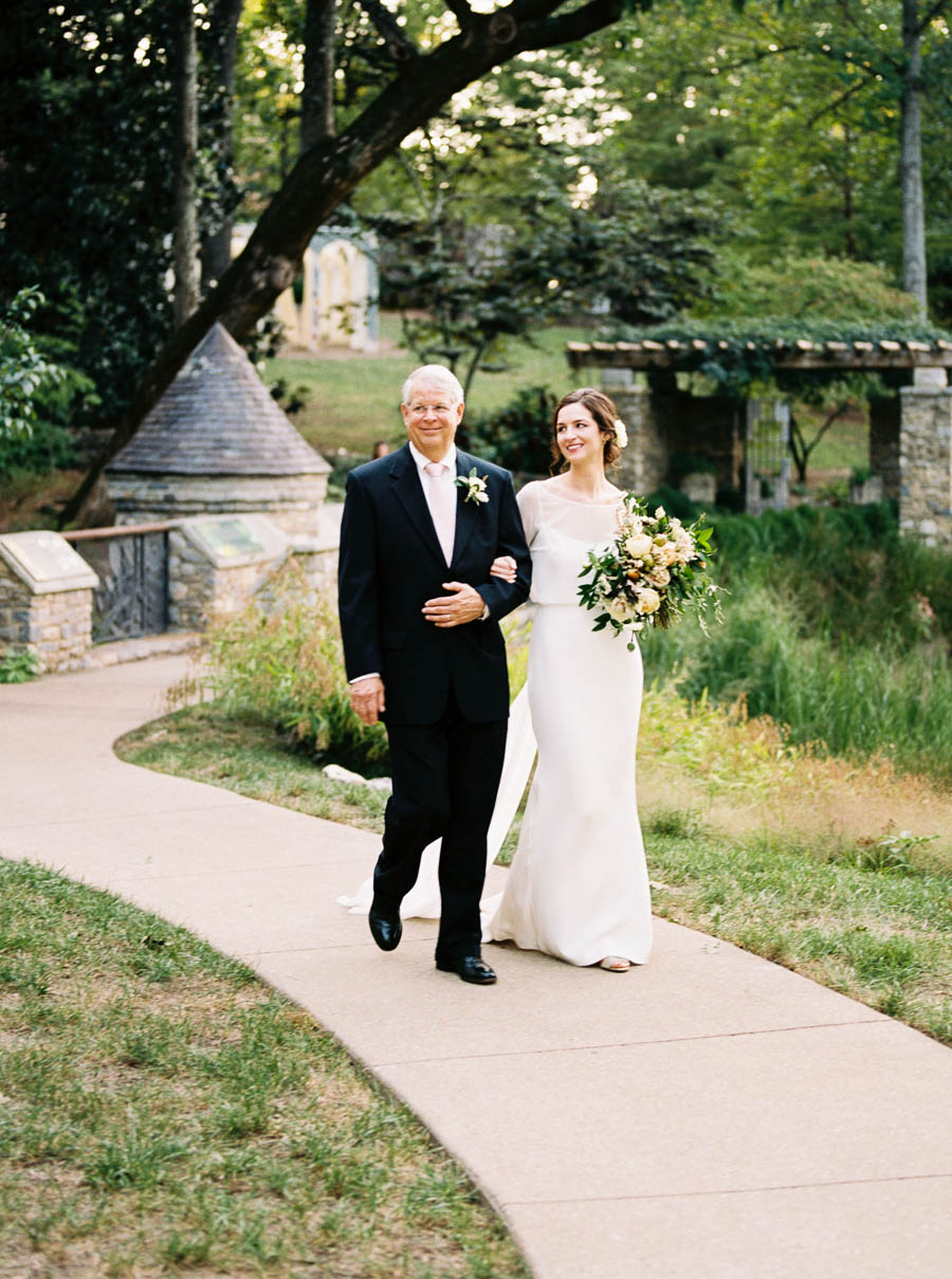 cheekwood film documentary wedding photographers nashville natural light autumn wedding classic ©2016abigailbobophotography-44.jpg