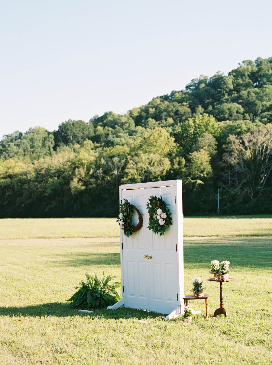 green door gourmet documentary film wedding photographer natural nashville outdoor wedding photographers ©2016abigailbobophotography-16.jpg