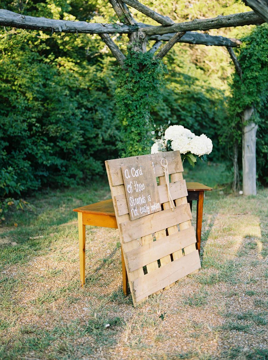 green door gourmet documentary film wedding photographer natural nashville outdoor wedding photographers ©2016abigailbobophotography-24.jpg