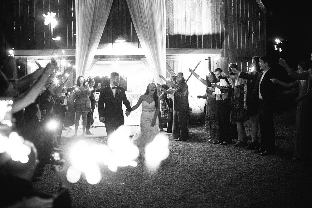 web casey + alec wren's nest film wedding photographers ©2016abigailbobophotography-64.jpg