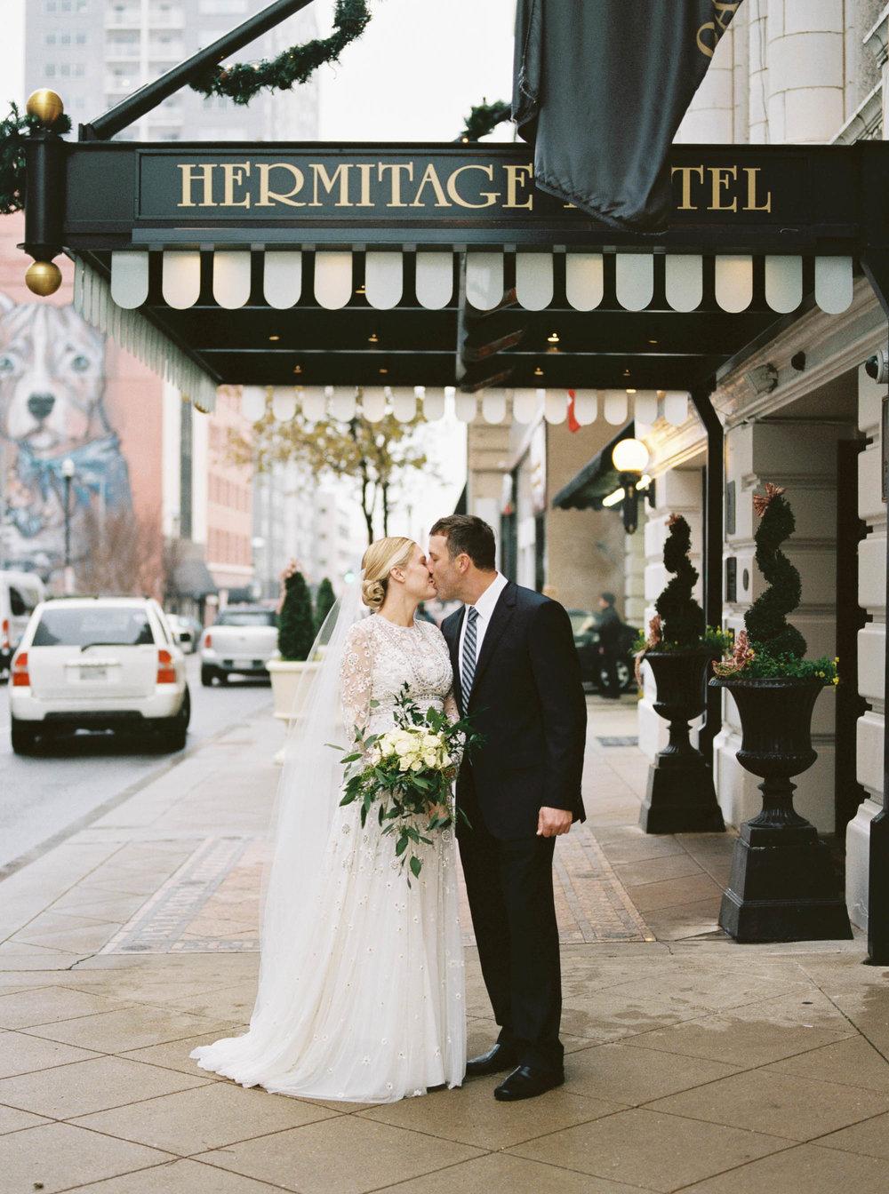 chris + jessica hermitage hotel wedding photographers nashville ©2017abigailbobophotography-13.jpg