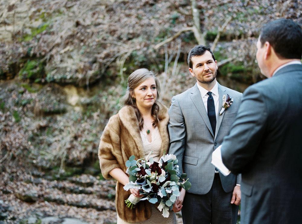 laurel+kelly_natchez_trace_grays_on_main_franklin_film_wedding_photographers©2017abigailbobophotography-9.jpg