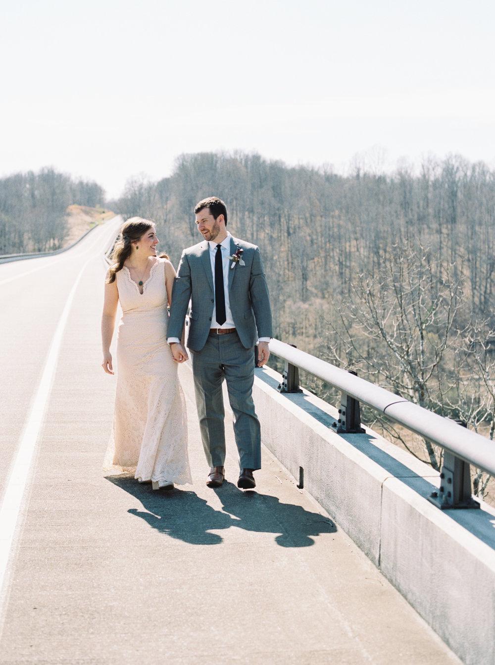 laurel+kelly_natchez_trace_grays_on_main_franklin_film_wedding_photographers©2017abigailbobophotography-1-2.jpg