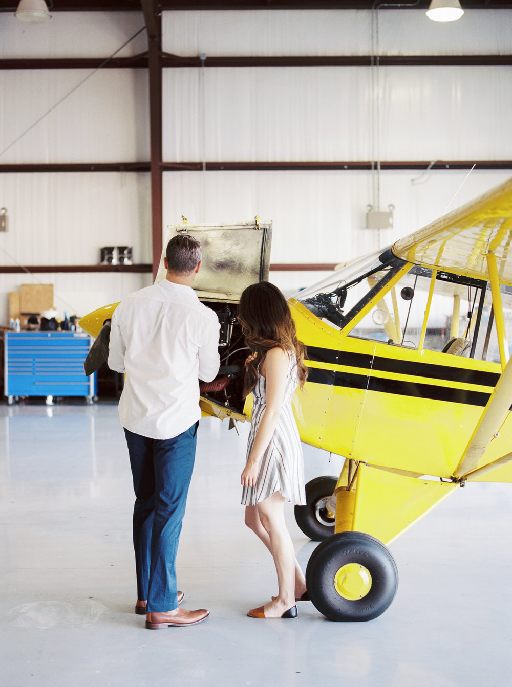 lianna + chuck airplane engagement session ©2017abigailbobophotography-3.jpg