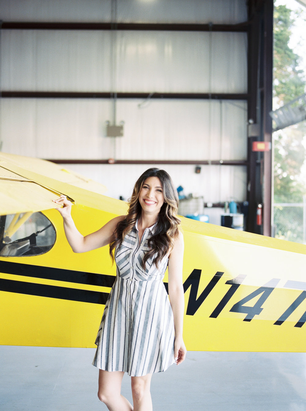 lianna + chuck airplane engagement session ©2017abigailbobophotography-4.jpg