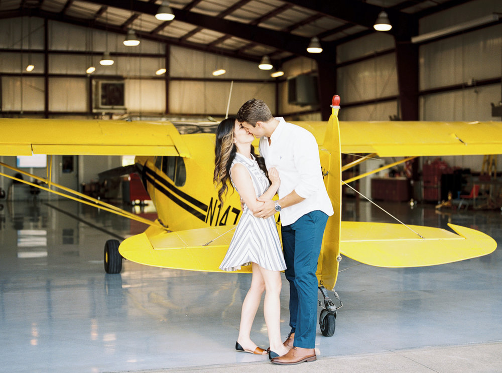 lianna + chuck airplane engagement session ©2017abigailbobophotography-5.jpg