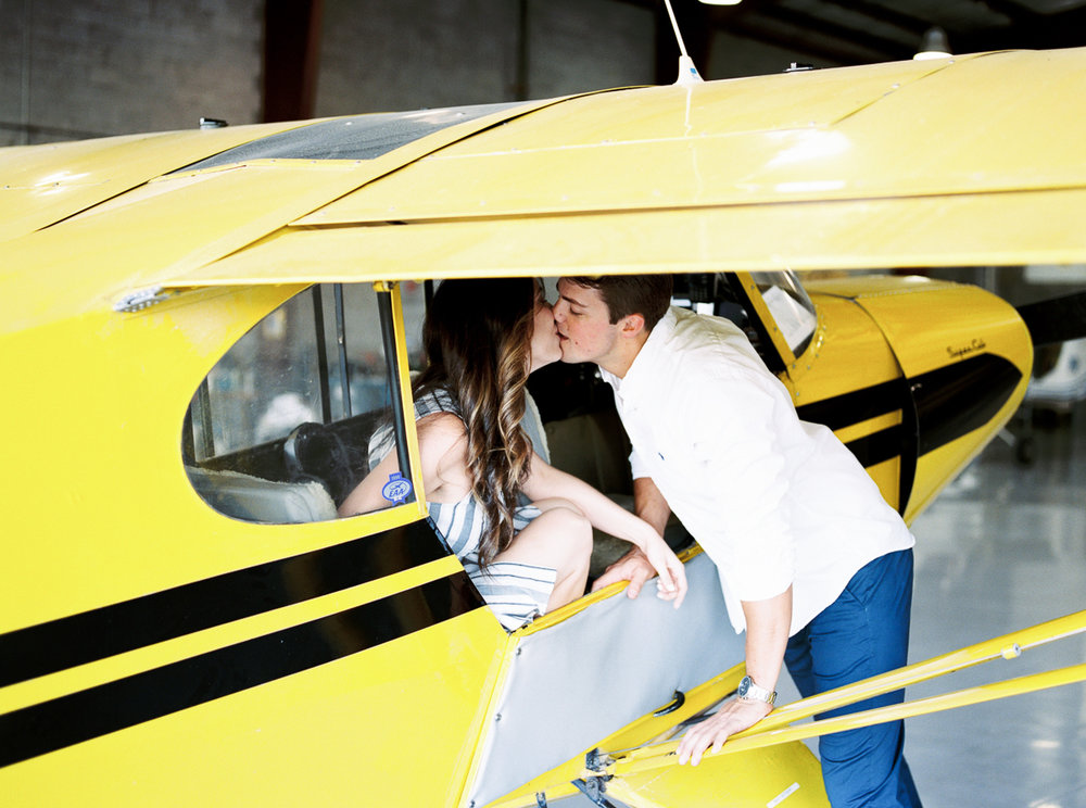 lianna + chuck airplane engagement session ©2017abigailbobophotography-8.jpg