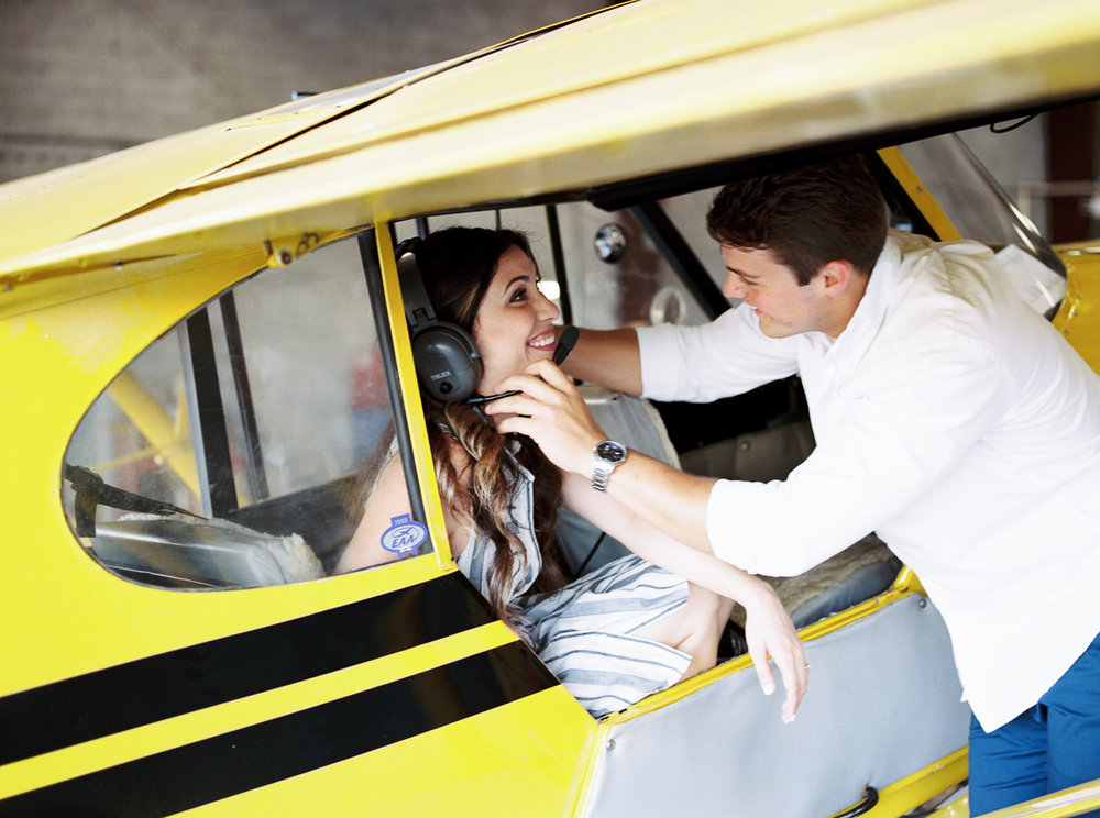 lianna + chuck airplane engagement session ©2017abigailbobophotography-9.jpg