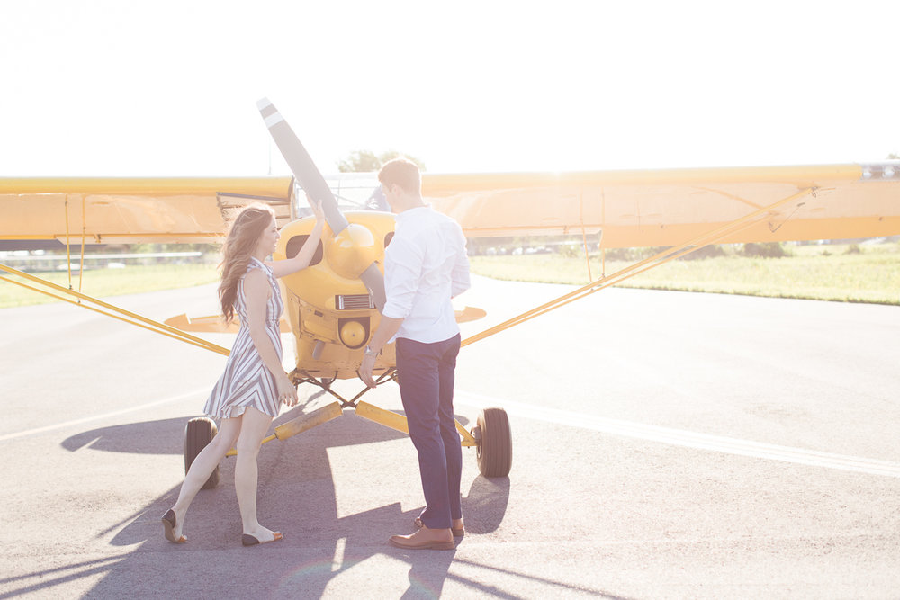 lianna + chuck airplane engagement session ©2017abigailbobophotography-14.jpg
