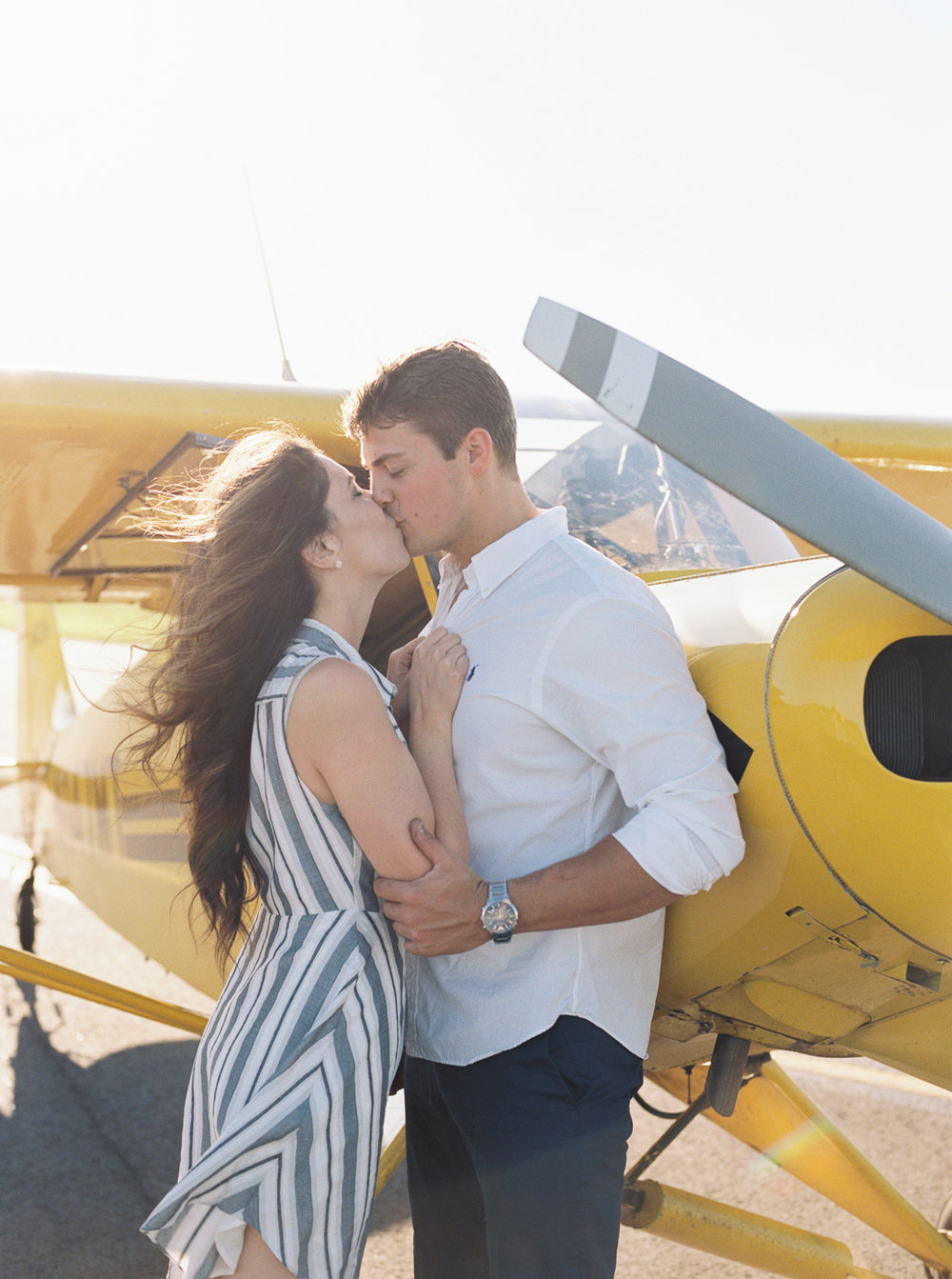 lianna + chuck airplane engagement session ©2017abigailbobophotography-16.jpg