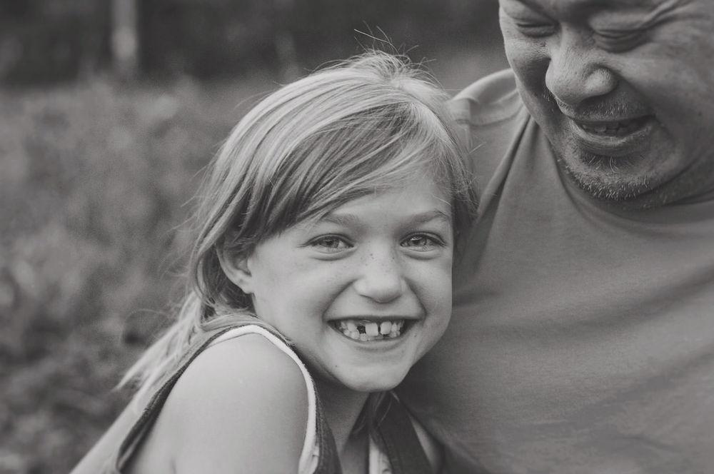 001-Niagara-Outdoor-Family-Photography-Natural-Light-Child-Portraits-Ontario.jpg