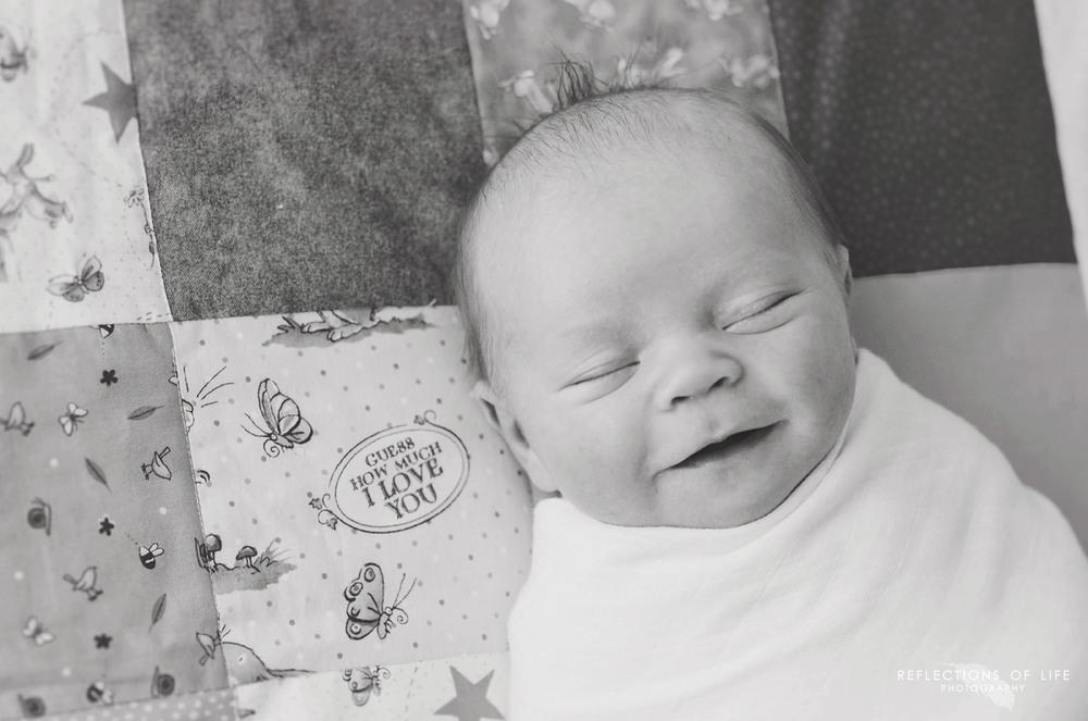 Niagara ON Newborn Photographer (2).jpg
