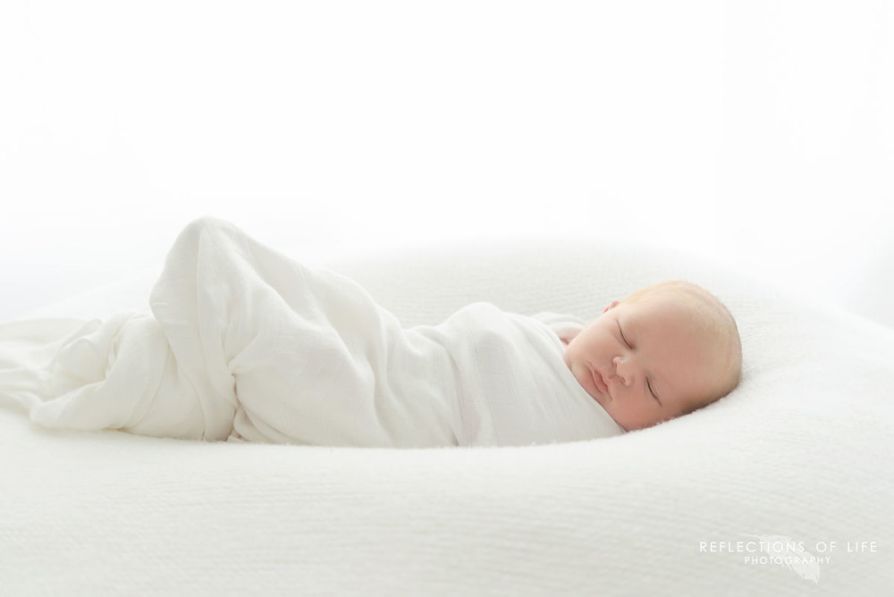 grimsby-newborn-photographer (10).jpg