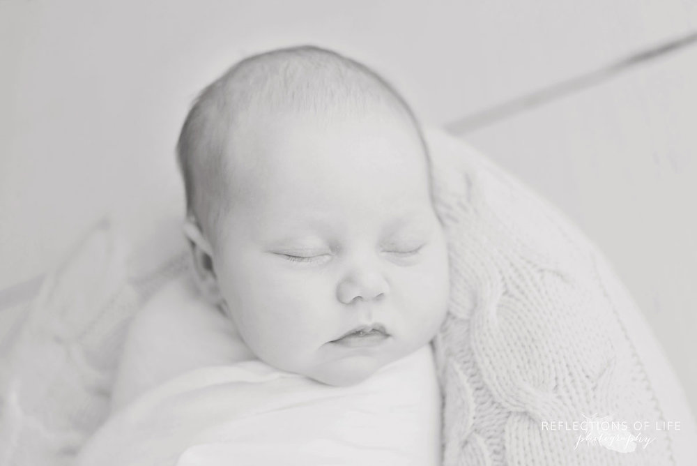 Niagara ON Newborn Photographer