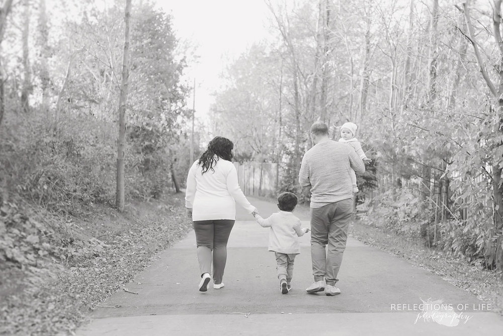 genuine family photography Niagara ON