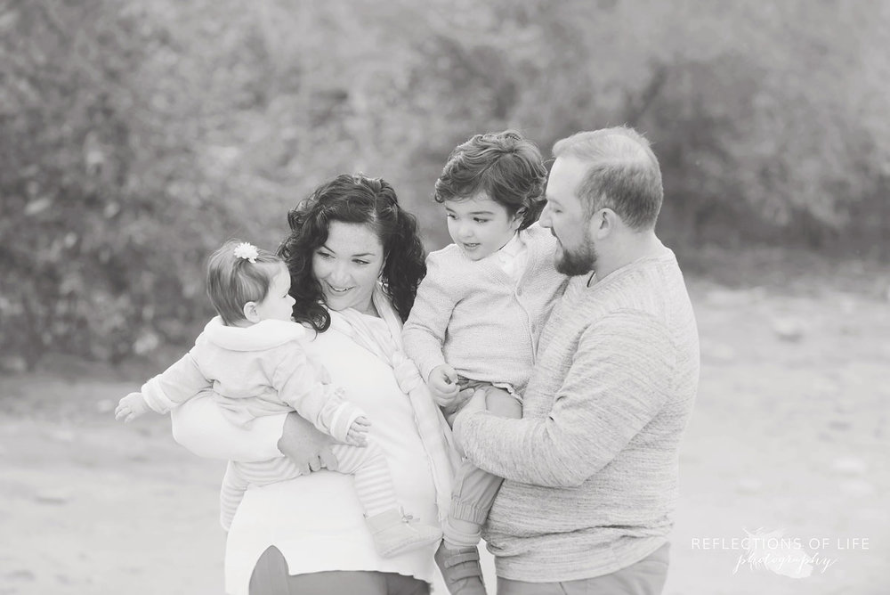 Serene family photographer Oakville Ontario