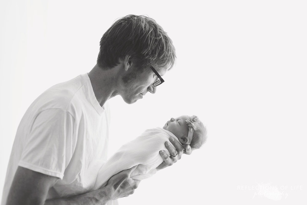 004 Hamilton Ontario Newborn and Daddy Photography