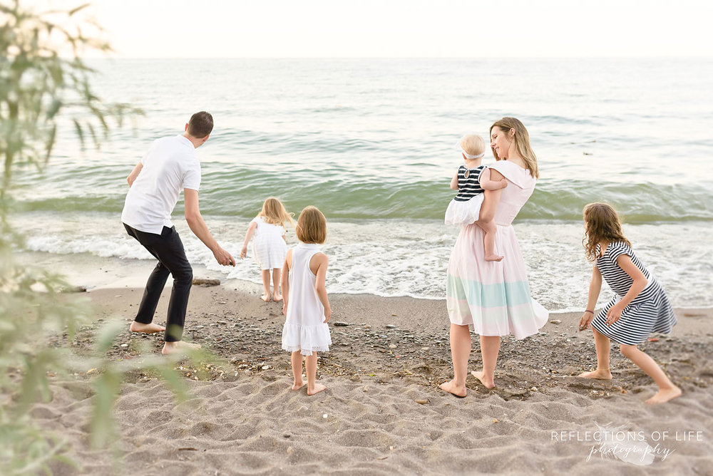006 professional family photos on the beach Ontario Canada
