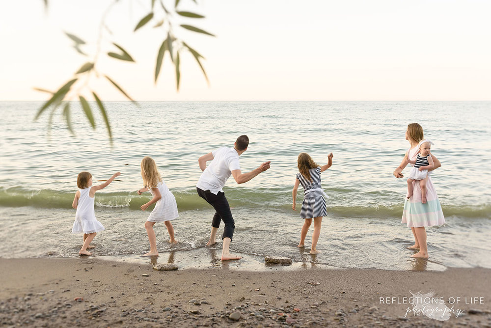 010 family photos on the beach niagara ontario canada