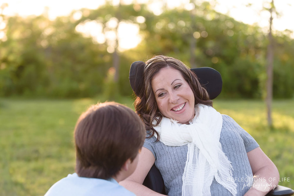 005 Professional Niagara Family Photos with Wheelchair