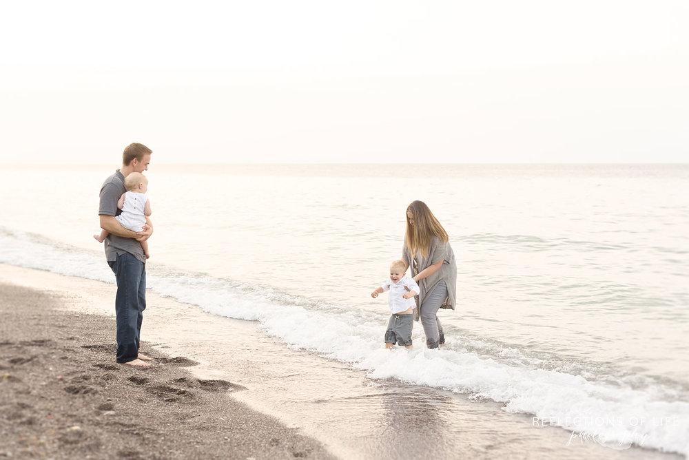 021 Playful family photography in Niagara Ontario Canada
