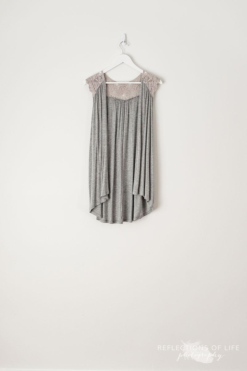 Light Grey Vest With Lace Detail size M-XL.jpg