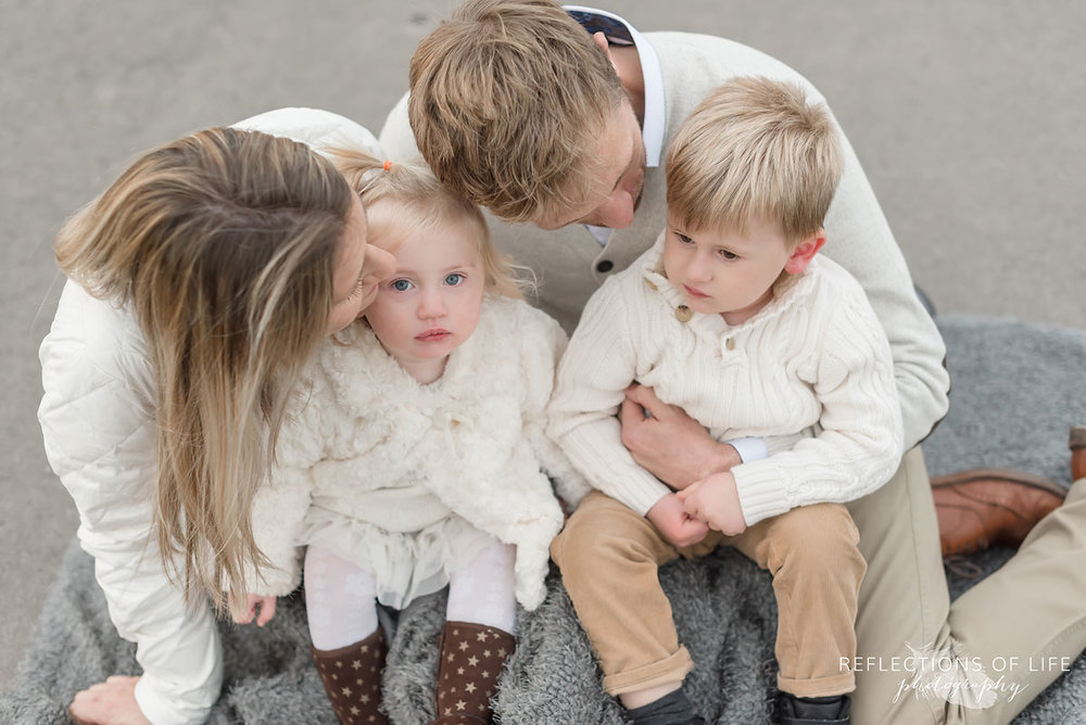 Niagara Family Photography neutral colours in Grimsby Ontario.jpg