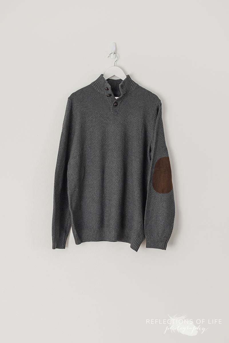 Gray Knit Sweater With Elbow Patches