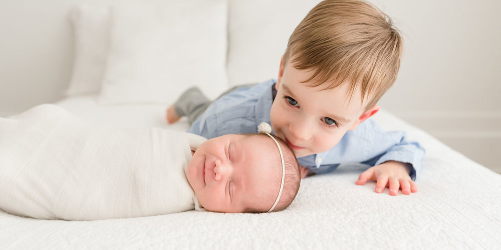 010 Natural Newborn and Family Photography in Grimsby Ontario Photo Album.jpg
